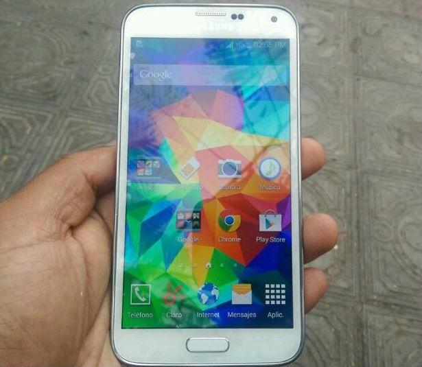 Samsung galaxy S5 color blanco bien conservado, libre todo operador 4g de 16gb - Imagen1